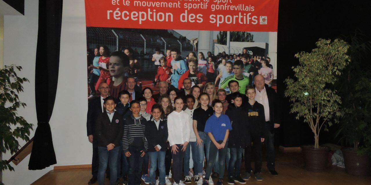 Les joueurs du club honorés par la ville lors de cérémonie des sportifs
